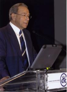 Καθηγητής Γεώργιος Χριστοδούλου. Πρόεδρος της Εταιρείας Προληπτικής Ψυχιατρικής και Επίτιμος Πρόεδρος της Ελληνικής Ψυχιατρικής Εταιρείας